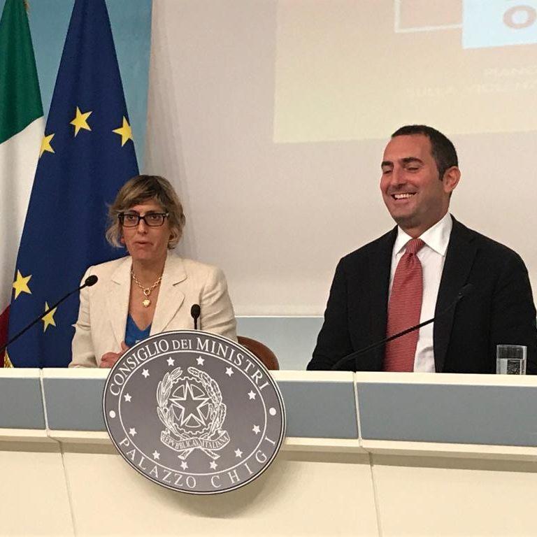 La ministra Bongiorno e il sottosegretario Spadafora alla presentazione del Piano operativo antiviolenza