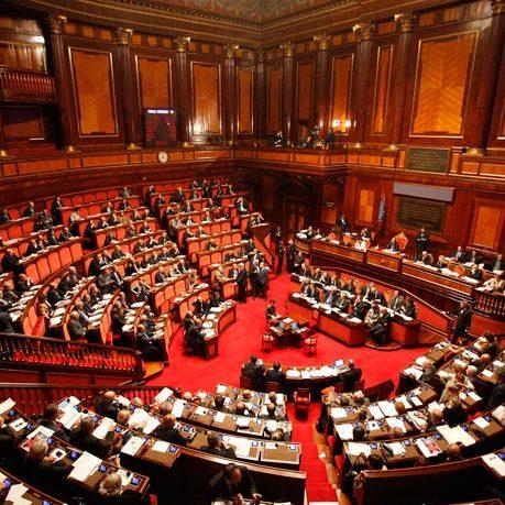 Senato approva Rapporto Commissione femminicidio su governance e finanziamenti centri antiviolenza